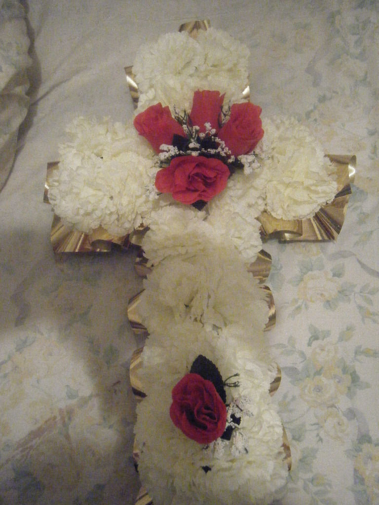 Gold Cross Shaped Silk Artificial Funeral Flowers Wreathmemorial