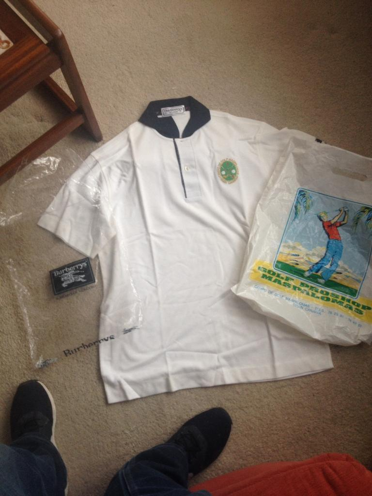 Brand new genuine burberrys of London golf tshirt from the campo de golf maspalomas gran canaria
