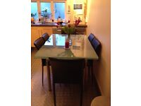 Single room to let in lovely 2 bedroom flat