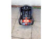 Graco car seat base/craddle