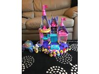 Disney little people palace and carriage