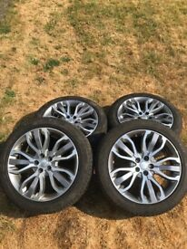 "4x 21"" Diamond Cut Land Rover Range Rover Alloys with 275 45 21 Tyres"