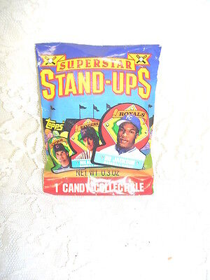SUPERSTAR STAND-UPS BASEBALL THEME CANDY COLLECTIBLE CASE THE TOPPS 1991](Baseball Themed Candy)