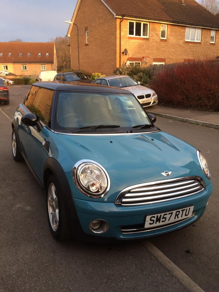 Mini Cooper 1.6 blue manual hatchback. Very good condition