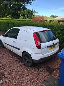 Ford Fiesta 1.4 tdci spares repair 2007 mot Sept2017 also has spare engine included in sale