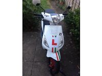 ZNEN 50cc Moped - Good Condition - Low Mileage