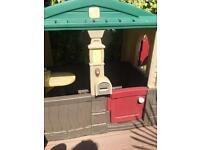 Playhouse Wendy house garden cottage - Step 2