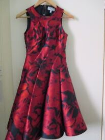 Stunnig Cost Dress, Excellent Condition
