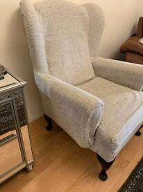 Vintage arm chair QUICK SELL