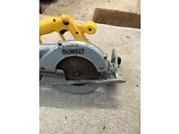 Dewalt circular saw body and blade