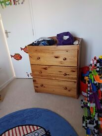 Chest of drawers with cot changer top