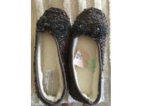 Oasis Ladies slippers