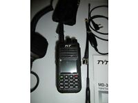 TYT DMR 380 with accessories