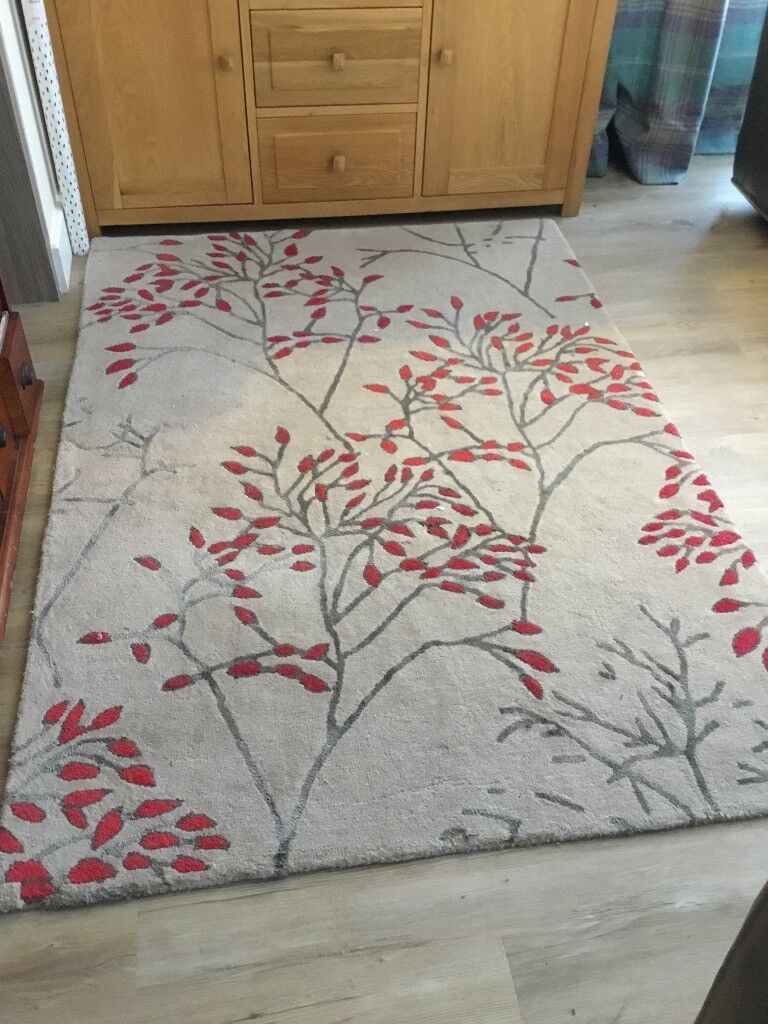 Next Rug In Cream And Red