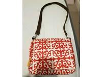 Infantino changing bag mini built in changing mat