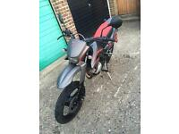 125cc Malaguti MX3 (same shape & model as Yamaha XT) 2011 plate, excellent condition