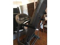 Immaculate condition Horizon T4000 elite treadmill