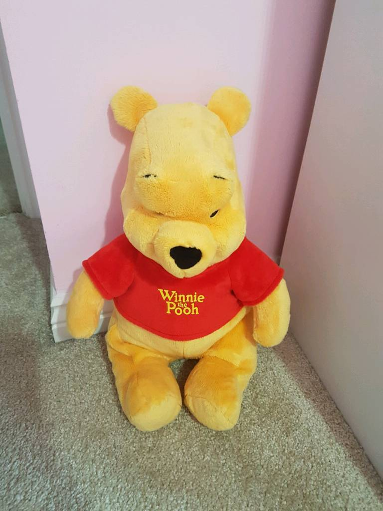 Large Winnie the Pooh bear - immaculate