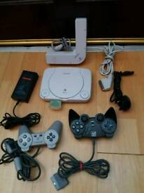 Ps1 Slim White + 2 Control and Multitap SCPH1070