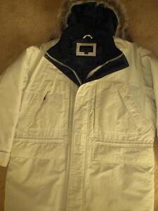 Winter Jacket With Hood. Cambridge Kitchener Area image 2