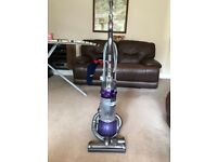 Dyson DC 25 for parts excellent body condition