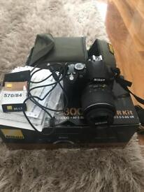 Nikon D3000 slr camera with extras