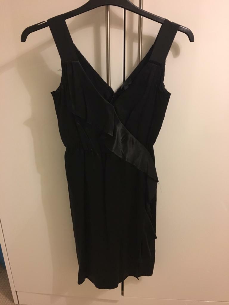 f1eaeda0d00 Banana republic - black silk cocktail dress - brandnew