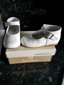 Leon Shoes