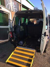 Peugeot Partner Combi 1.6 Diesel 5 Dr Wheelchair Access