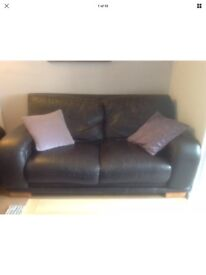 2 x Italian leather sofas Cologne style With 5 cushions