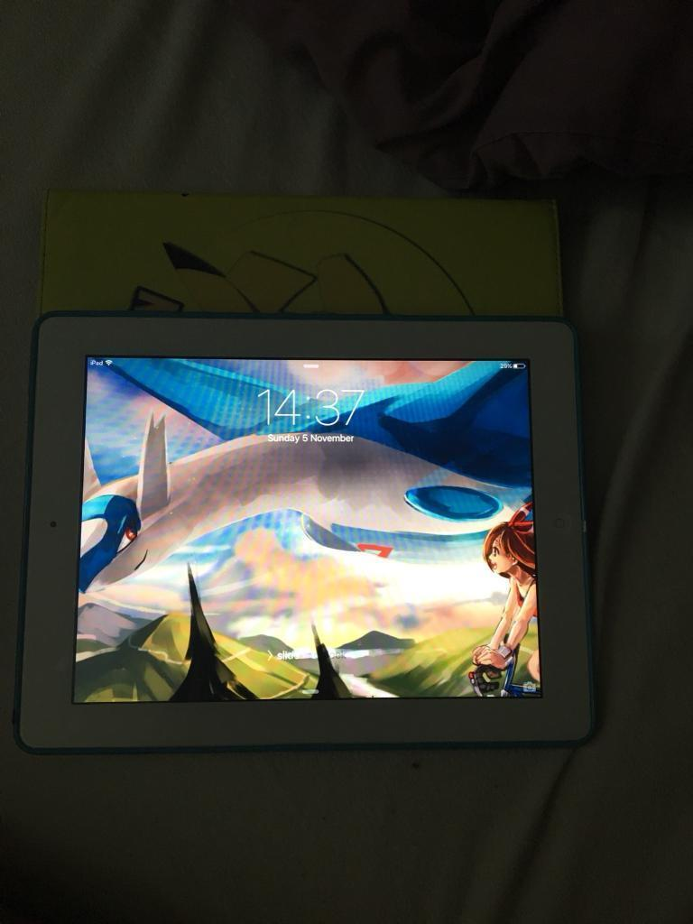 Apple iPad 2 like new 16gb with Pokemon case and charger