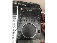 CDJ 350, mixer and headphones