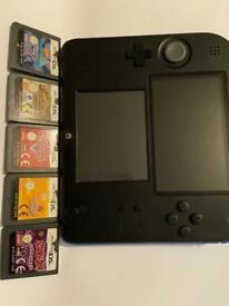 Nintendo 2DS & 5 Games