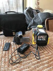 SONY Handycam DCR-TRV22 - With SONY SPORTS waterproof case