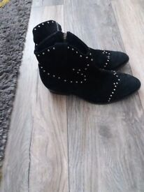 Office ankle boots size 4 £12