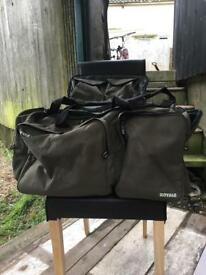 Fox Royale XL carp fishing Bag good condition