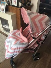 Girls babiie pushchair & footmuff