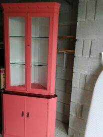 Display cabinet with glass shelving corner unit