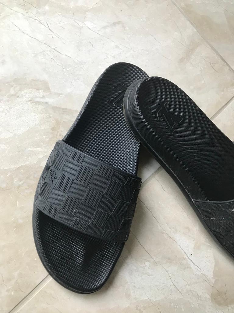 3d7dcedf8f7 Louis Vuitton slide slippers shoes - LV size 10uk
