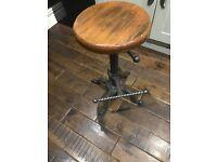 X2 bar stools/vintage/industrial/shabby