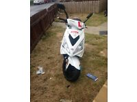 Peugeot speedfight 3 125cc £1300 Ono
