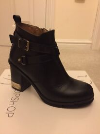 TOPSHOP Heeled Boots *BOXED*