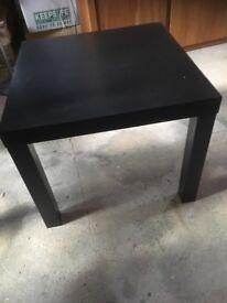 3x ikea lack tables