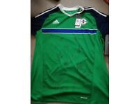 NEW genuine signed T-shirt of North Ireland football