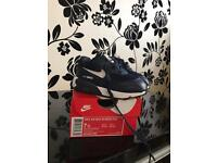 Nike air max 90 trainers, navy, size UK 6.5 (infant)