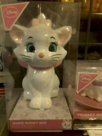 Disney ceramics/ornaments for sale most new or all for £18