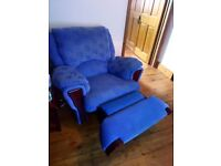 FREE SOFAS! MOVING HOUSE! MUST COLLECT!