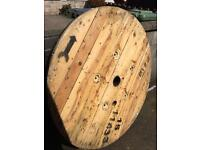 Large reel end, ideal table top indoor or out
