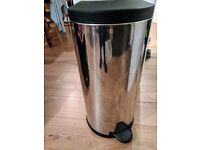 Well looked after stainless steel look Kitchen Pedal Bin