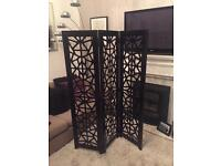 Wooden detailed screen